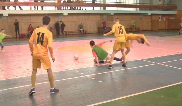 Футбол.mpg_20200120_143901.123